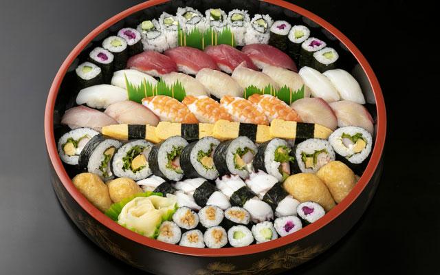 お寿司詰め合わせ